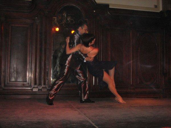 Tango: mal ernst...