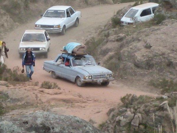 Abreise von 24.000 Zeltern am Berg