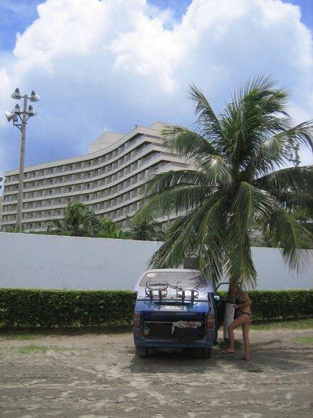 Duschplatz vorm Hilton!