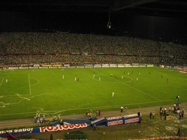 Medellin - Stadtderby
