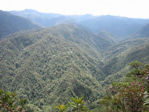 Kolumbiens Berge - Guerillaverstecke...