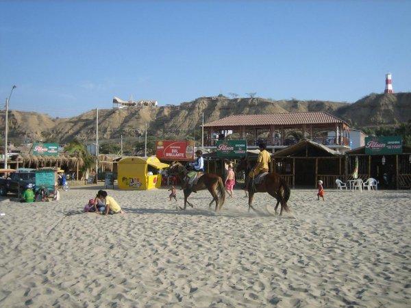 Strandleben in Mancora