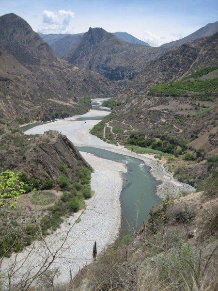 Dem Fluss entlang zur Inkastadt