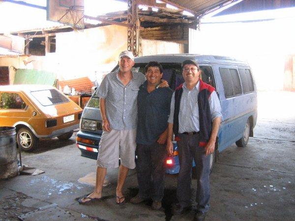 Paulis Mechaniker Raul und David aus Los Andes
