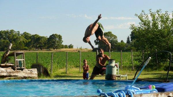 Matze bei Saltoversuchen!