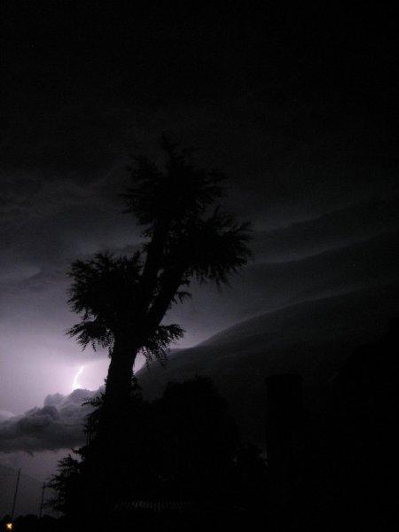... tausenden von Blitzen!