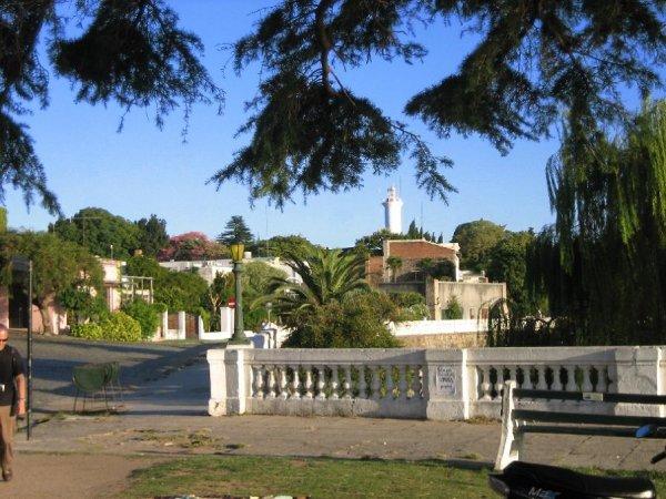 Die Uferpromenade von Colonia