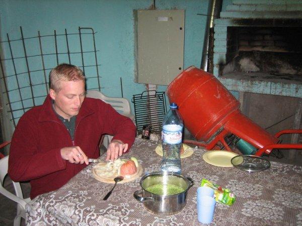 Hauptsache warm, Abstellkammer des Campingplatzes