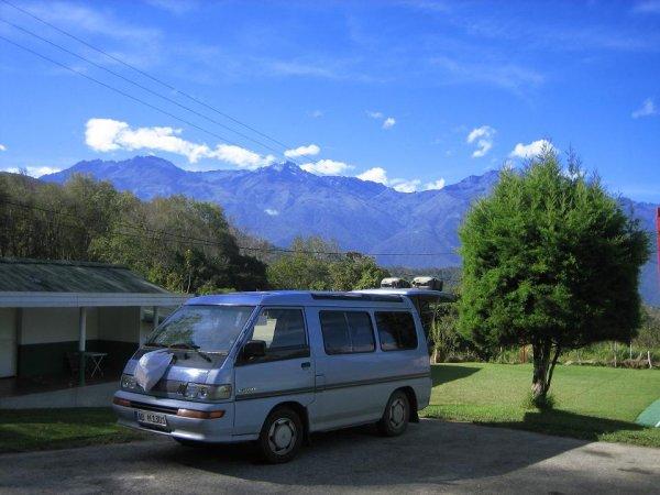 Campen mit Blick auf den Pico Bolivar
