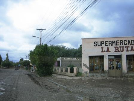 Rio Mayo - nicht jeder Ort ist schoen
