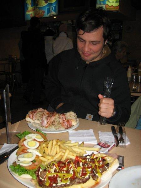 Hot dog aleman, kein Witz mit Sauerkraut!